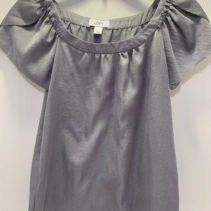Ann Taylor loft gray shirt size XS
